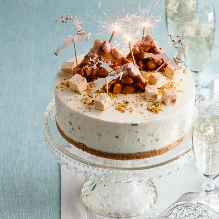 recette de cheesecake festif et délicieux au nougat glacé, gâteau de fêtes original
