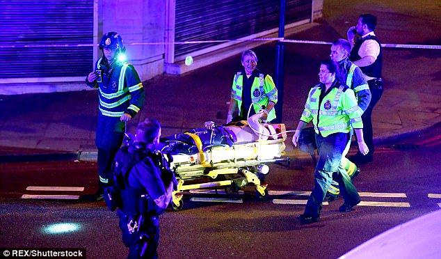 une attaque terroriste fait un mort et huit blessés