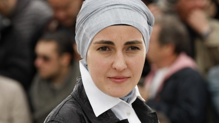 Aida Begic La réalisatrice Aida Begic pose &quot;itemprop =&quot; contentUrl &quot;/&gt; </figure> </article> <article class=
