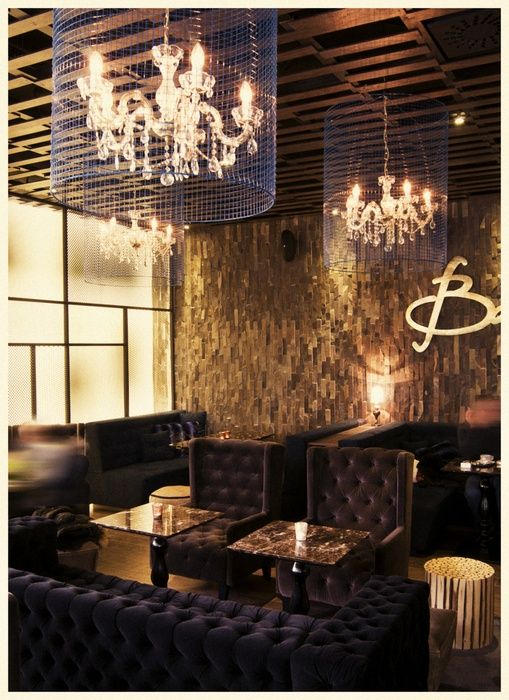Home Decorating DIY Projects: Eclectic coffee shop design – with classic chandeliers and creative wall sign