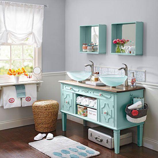 Best decor hacks 11 ideas for a diy bathroom vanity for Bathroom decor hacks
