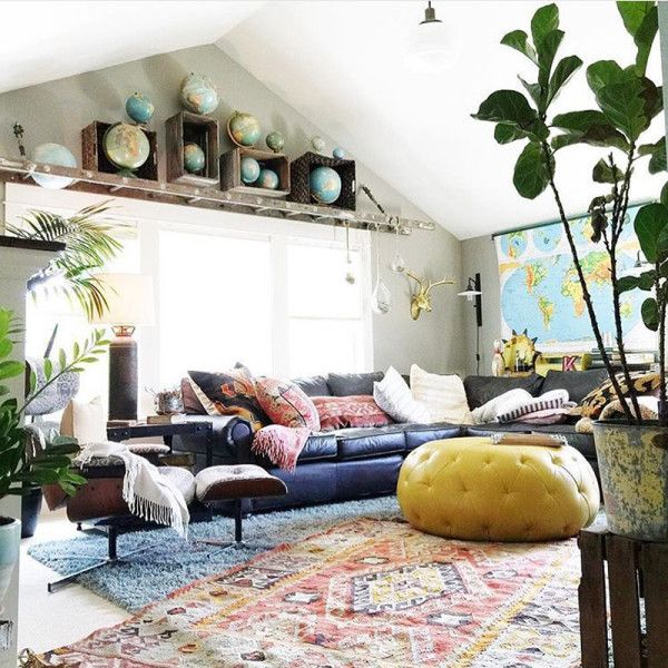 Home decorating diy projects quirky colorful living room for Quirky apartment design