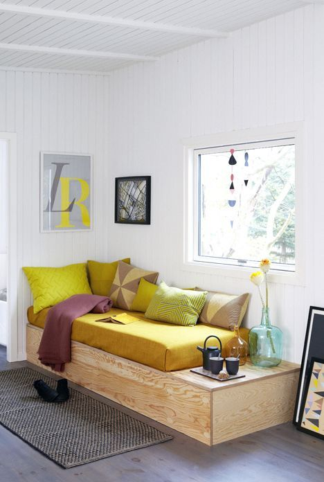 Home Decorating Diy Projects Diy Day Bed On Plywood Base