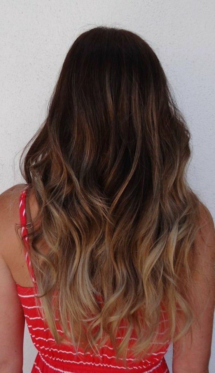 id e tendance coupe coiffure femme 2017 2018 coloration cheveux longs balayage blond clair. Black Bedroom Furniture Sets. Home Design Ideas